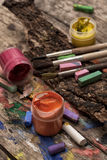 Peintures, crayons et crayons de couleur Image stock