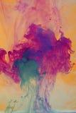 Peintures dans l'abrégé sur l'eau Photos stock