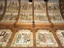 Peintures intérieures à l'église en bois de Botiza Image libre de droits