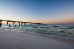 Peir alla spiaggia di Panamá, Florida ad alba Immagini Stock