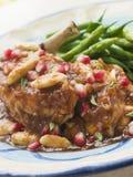Peito da galinha com romã e amêndoas Imagem de Stock Royalty Free