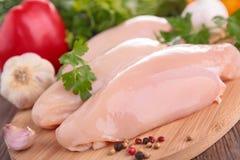 Peito de frango cru Imagens de Stock