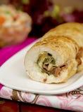 Peito de frango enchido com espinafres e prosciutto Foto de Stock Royalty Free