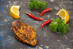 Peito de galinha grelhado foto de stock royalty free