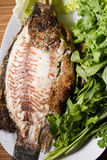 Peixes cozidos com molho de marisco Imagens de Stock