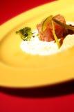 Peixes de alimento Fotos de Stock Royalty Free