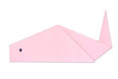 Peixes de Origami fora do papel cor-de-rosa isolado no branco Foto de Stock