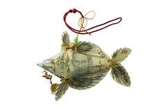 Peixes dobrados feitos pelo dinheiro tailandês Imagens de Stock Royalty Free