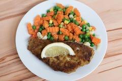 Peixes e vegetais Imagens de Stock