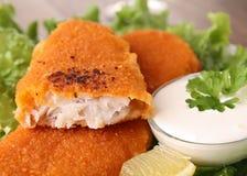 Peixes e vegetais panados imagem de stock royalty free