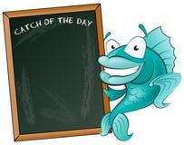 Peixes felizes com seu sinal grande do quadro-negro. Imagem de Stock Royalty Free