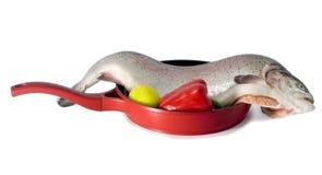 Peixes frescos dos salmões vermelhos fotografia de stock royalty free