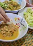 Peixes friáveis martelados com pimentão Imagem de Stock