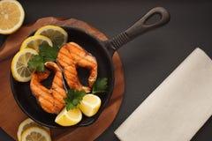 Peixes fritados ou grelhados Imagens de Stock