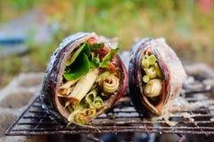 Peixes grelhados encrustados de Snakehead de sal foto de stock