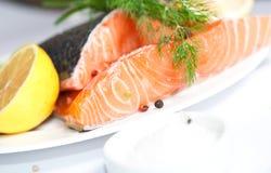 Peixes vermelhos Salmon fotos de stock royalty free