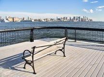 pejzaż miejski środek miasta nyc target2351_0_ parkowego siedzenia Obraz Stock