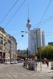 Pejzaż miejski Berliński Hackescher Markt Tv wierza w tle pe Obrazy Royalty Free