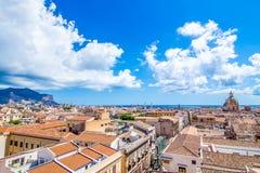 Pejzaż miejski Palermo w Włochy Obrazy Stock