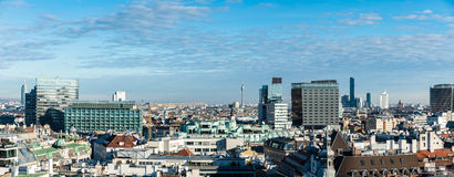 Pejzaż miejski Wien jak widzieć od st Stephen katedry dachu Obraz Stock