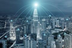 Pejzażu miejskiego i sieci związku use dla globalnej sieci Zdjęcia Royalty Free