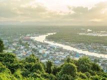 Pejzażu miejskiego widok Chumphon ujście, Tajlandia Zdjęcie Royalty Free