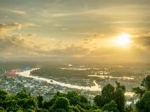 Pejzażu miejskiego widok Chumphon ujście, Tajlandia Obraz Royalty Free
