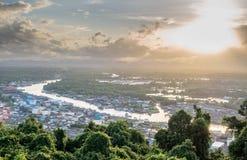 Pejzażu miejskiego widok Chumphon ujście, Tajlandia Zdjęcia Stock