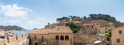 Pejzażu miejskiego widok stary Tossa De Mar, Costa Brava, Hiszpania obraz stock