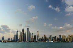 pejzaż miejski Dubai marina panoramiczny sceny zmierzch Zdjęcie Stock