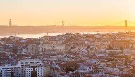 Pejzaż miejski Lisbon, Portugalia, przy zmierzchem Obrazy Stock