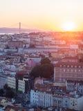 Pejzaż miejski Lisbon, Portugalia, przy zmierzchem Fotografia Royalty Free