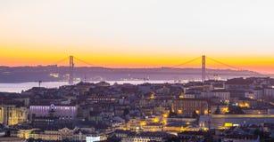 Pejzaż miejski Lisbon, Portugalia, przy zmierzchem Zdjęcie Royalty Free