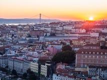 Pejzaż miejski Lisbon, Portugalia, przy zmierzchem Zdjęcie Stock