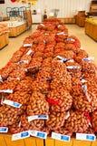 Pekannüsse für Verkauf Lizenzfreie Stockfotografie
