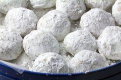 Pekannusshauch pulverisierte Zuckerplätzchen Stockfotografie
