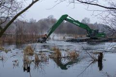 Pekhorka河的清洁 免版税库存图片