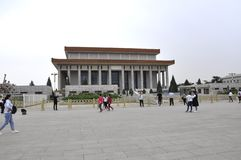 Pekin, 5th może: Mauzoleum przewodniczący Mao Zedong w plac tiananmen w Pekin obrazy stock
