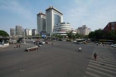 PEKING KINA 21 Maj 2016, sikt på de breda vägarna av Pekingnollan Royaltyfri Fotografi