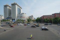 PEKING KINA 21 Maj 2016, sikt på de breda vägarna av Pekingnollan Royaltyfria Bilder