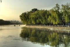 Peking (Peking), het Meer Houhai, Beihai van China â royalty-vrije stock afbeelding