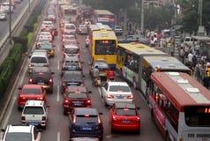 Pekingtrafikstockning och luftförorening Arkivbilder