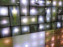 Pekskärmen ledde tecknet symboliserar i Ecolighttech asia 2014 Arkivfoton