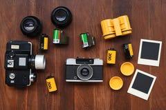 Película de la foto con los marcos y la cámara de la foto Fotografía de archivo