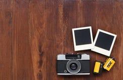 Película de la foto con los marcos y la cámara de la foto Imagen de archivo