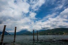 Pelare stad Stresa på Italienare Lago di Maggiore royaltyfria foton