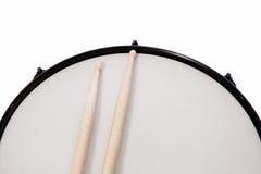 Pele de tambor & vara Imagens de Stock Royalty Free