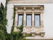 Peles城堡的门面的片段在锡纳亚,在罗马尼亚 库存图片