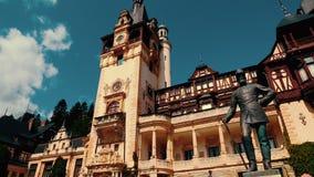 Peles Castle στη Ρουμανία - πανοραμική άποψη απόθεμα βίντεο