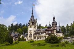 Peles-Schloss Sinaia stockfotos